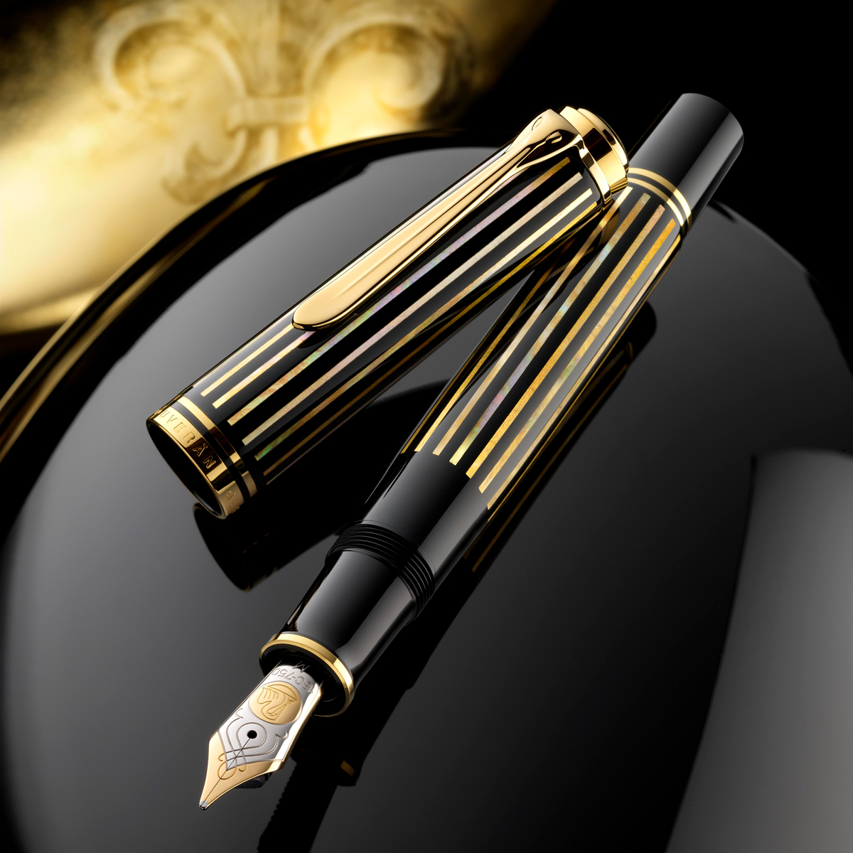 Pelikan Raden M800 Royal Gold
